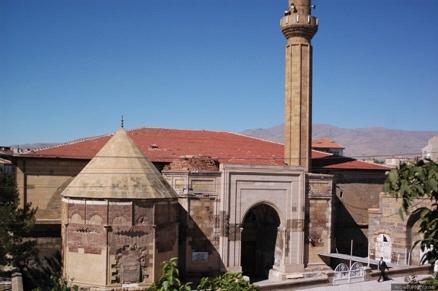 Syktyvkar Anıtları - Şehrin tarihi 47